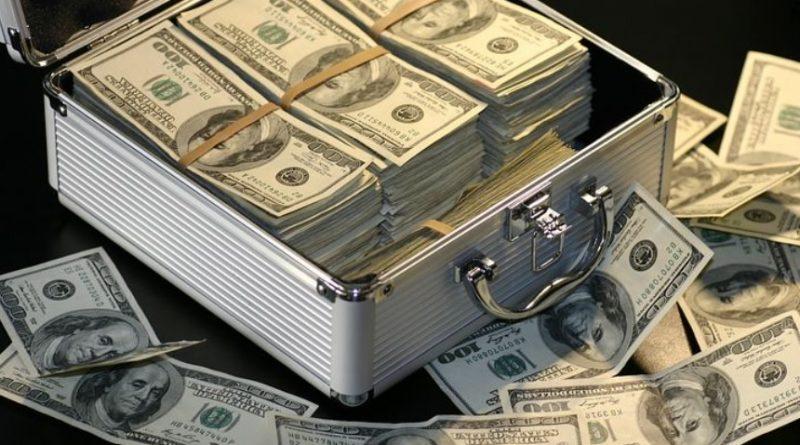Preocupa a funcionarios de Banxico salida de capitales
